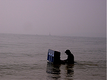 piano-in-the-sea
