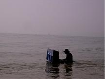piano-in-the-sea