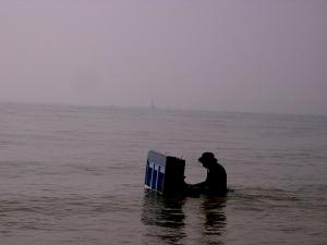 piano-in-the-sea-004